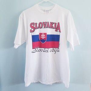 Vintage Slovakia flag graphic t-shirt L